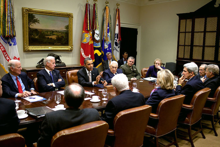 Photo: President Barack Obama in a New START Treaty meeting in the Roosevelt Room of the White House on November 18, 2010, flanked among others by former Secretaries of State James A. Baker III and Dr. Henry A. Kissinger.