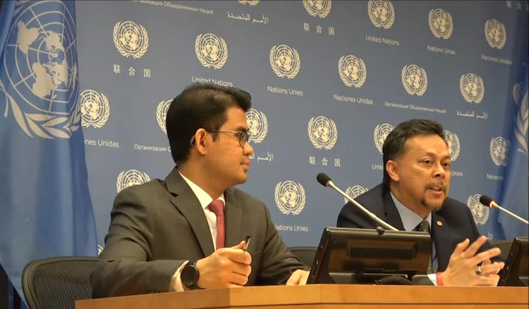 Photo: Press Briefing by Syed Hasrin Syed Hussin (right), Chair of the Third Preparatory Committee for the 2020 NPT Review Conference, on May 10, 2019 at the UN Headquarters in New York. Credit: Katsuhiro Asagiri | IDN-INPS